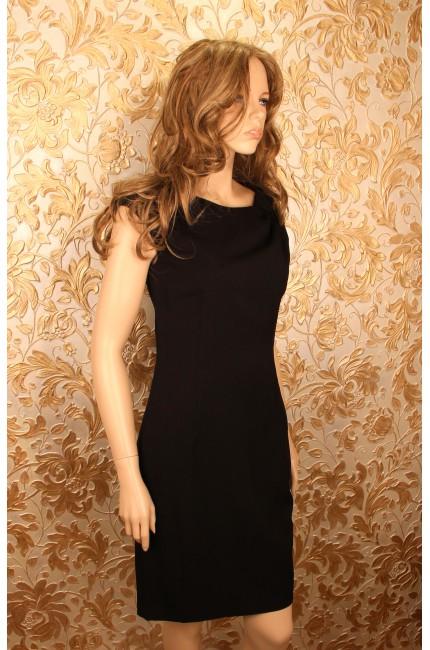 Черное платье без рукавов QUIOSQUE (Китай)