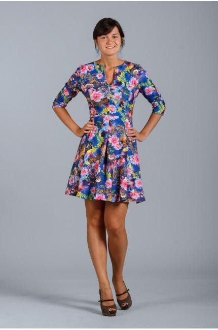 Яркое голубое платье Настаси с цветочным принтом