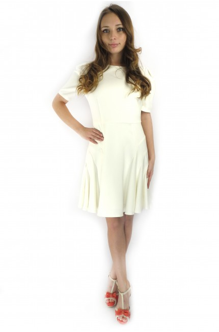 Белое платье Кира Пластинина с пышной юбкой