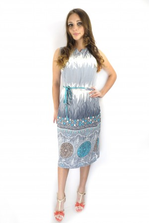 Летнее серо-зеленое платье Настаси с поясом на талии
