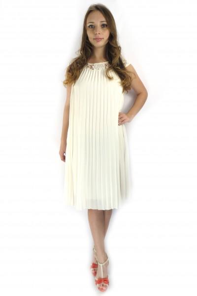 Белое платье VILA свободного кроя