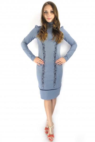 Светло-голубое платье Pelican с высоким воротником