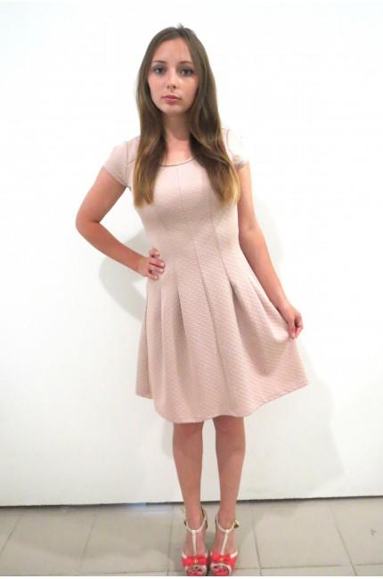Нежно-розовое платье RINASCIMENTO на каждый день