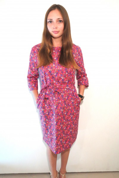 Красное платье FAQ FASHION с мелкими цветами