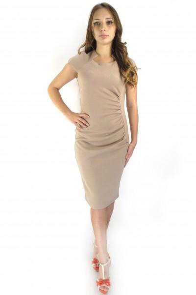 Офисное платье RINASCIMENTO нежно-розового цвета