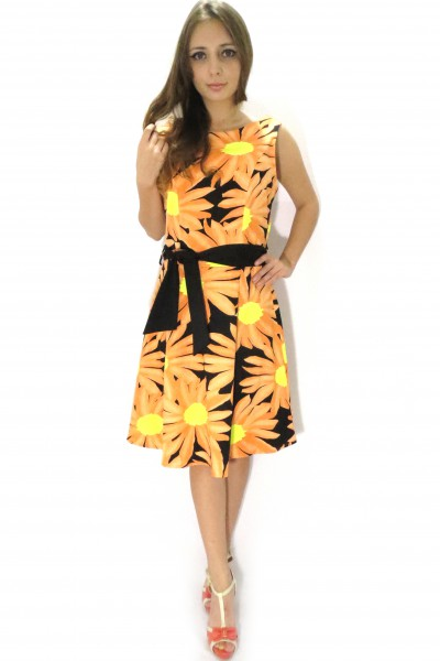 Летнее цветочное платье RINASCIMENTO с черным поясом